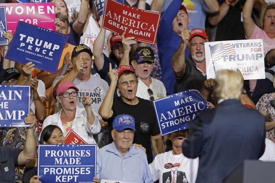 Donald Trump a tenu jeudi soir dernier un... (PHOTO AP)