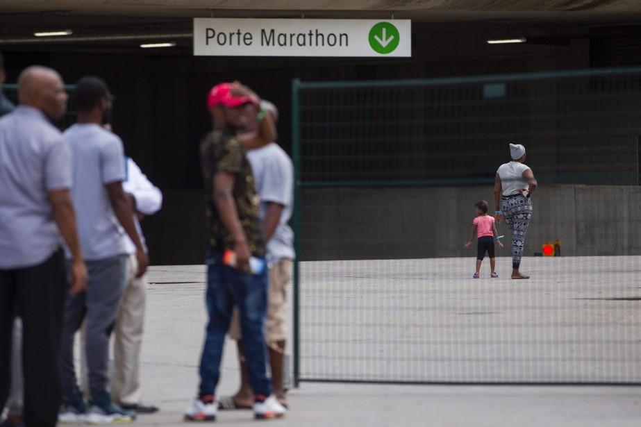À Montréal, 2388 demandeurs d'asile se trouvent actuellement... (Agence France-Presse)
