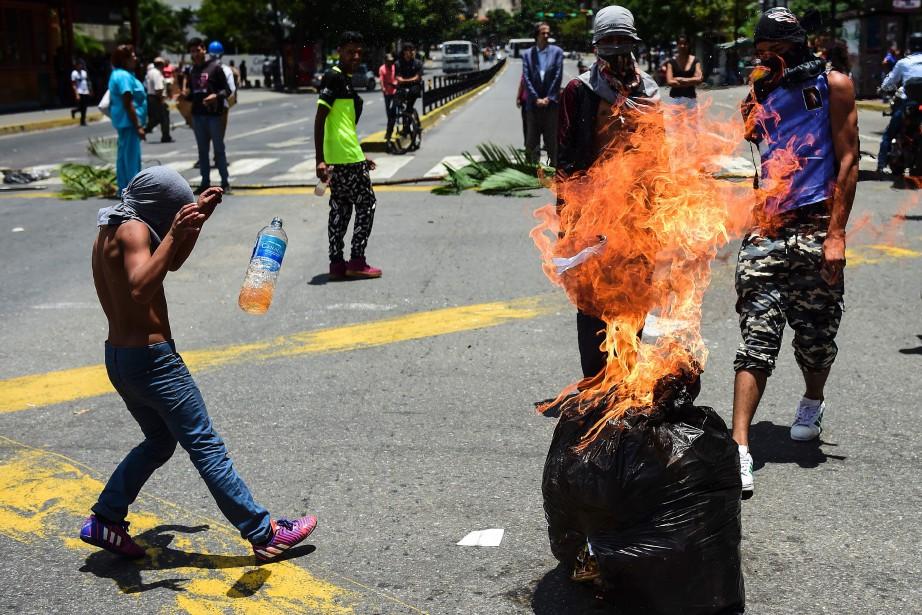 Le Haut-Commissaire de l'ONU a notamment exhorté les... (PHOTO AFP)