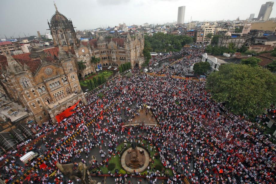 Les manifestants, appartenant en grande partie à la... (Photo Shailesh Andrade, REUTERS)