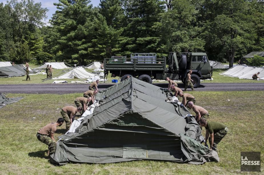 Il s'agit de la deuxième intervention de soldats... (PHOTO EDOUARD PLANTE-FRÉCHETTE, LA PRESSE)