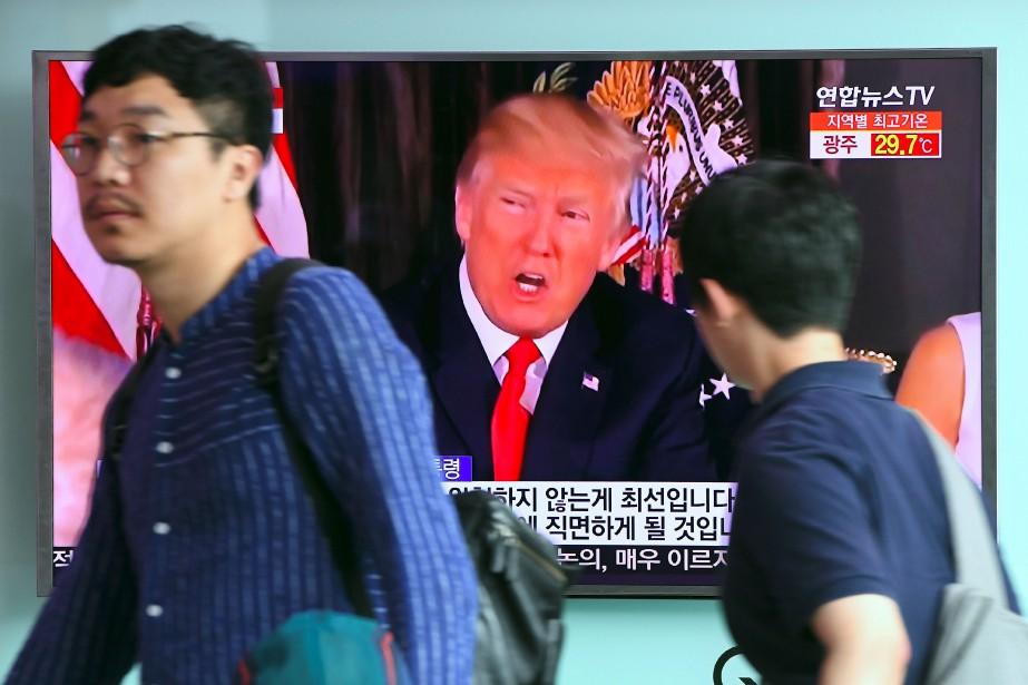 Donald Trump a encore intensifié mercredi l'escalade verbale... (PHOTO AFP)