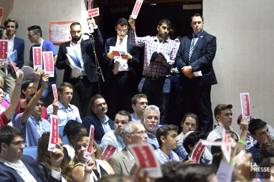 Les jeunes du PLQ veulent notamment imposer l'obligation... (Photo archives La Presse)