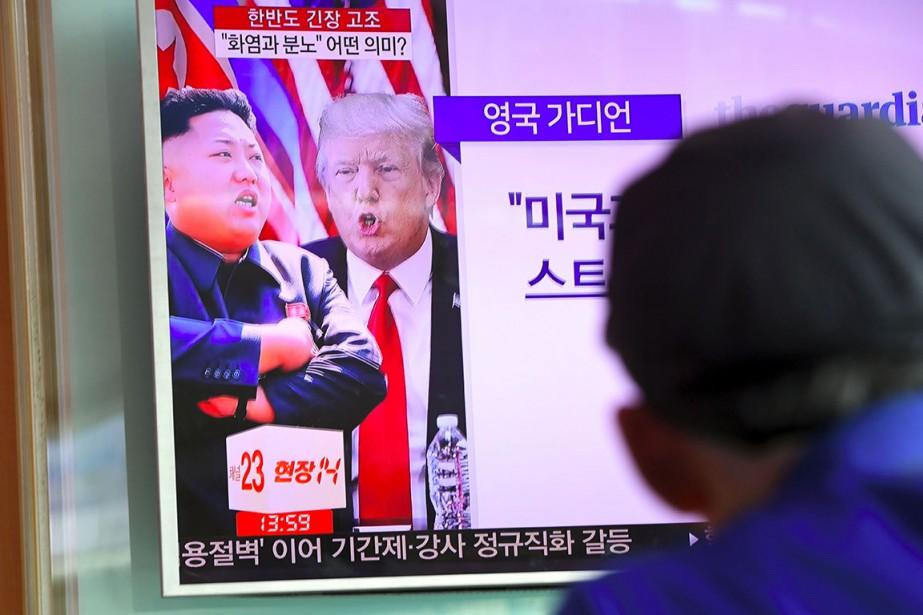 Le leader nord-coréen Kim Jong-un et le président... (PHOTO JUNG YEON-JE, ARCHIVES AGENCE FRANCE-PRESSE)