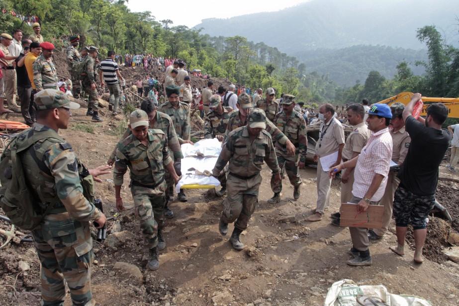 «Quarante-cinq corps ont été retrouvés», a indiqué Sandeep... (Photo AP)