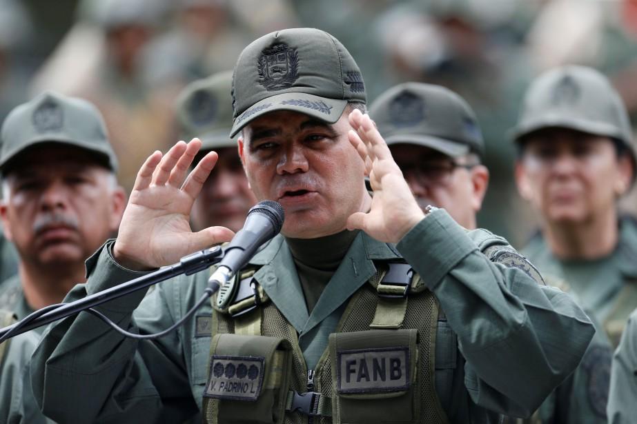 Vladimir Padrino Lopez.... (REUTERS)