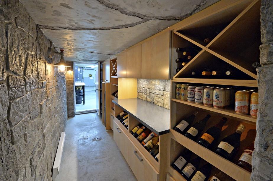 Le fameux «bunker», tunnel sous-terrain qui relie la maison au garage tout en servant de cave-à-vin. (Le Soleil, Patrice Laroche)
