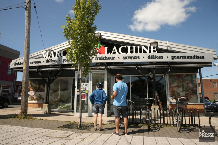 Les habitués du marché Lachine se heurtent à... (PHOTO MARTIN CHAMBERLAND, LA PRESSE)
