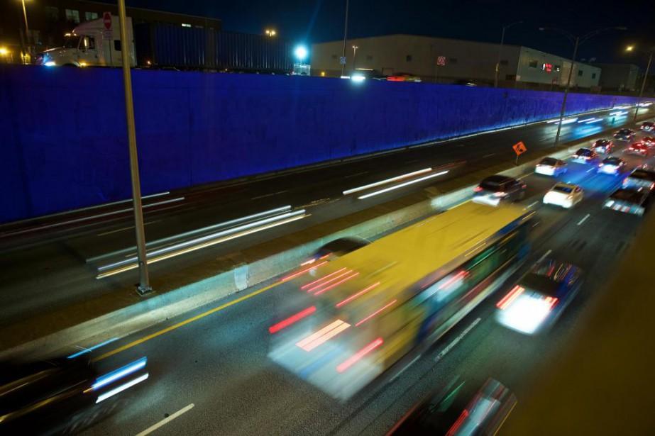 Conçue parl'artiste Alain Paiement, l'oeuvre Bleu de bleu... (Photo André Pichette, La Presse)
