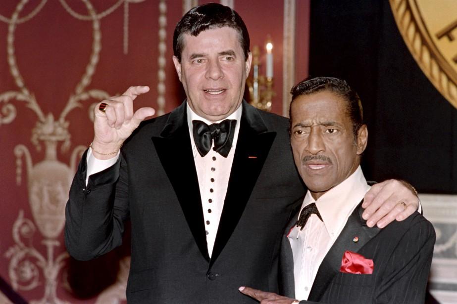 Avec Sammy Davis Jr, le 15 mai 1988 (AFP)