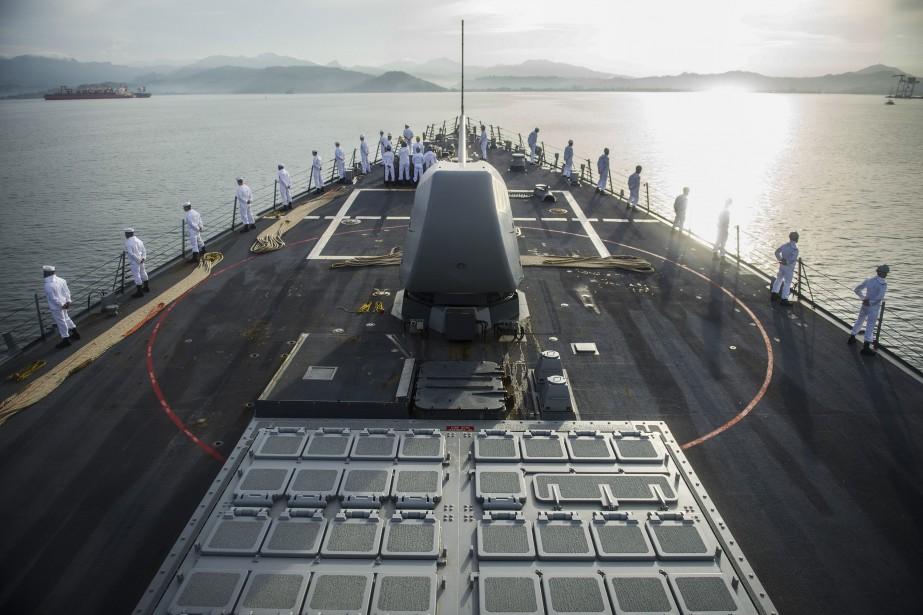Le destroyer USS John S. McCainse dirigeait vers... (PHOTO ARCHIVES AFP)