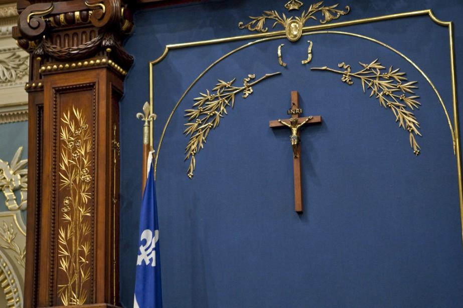 Le crucifix qui orne le Salon bleu de... (Photo archives PC)