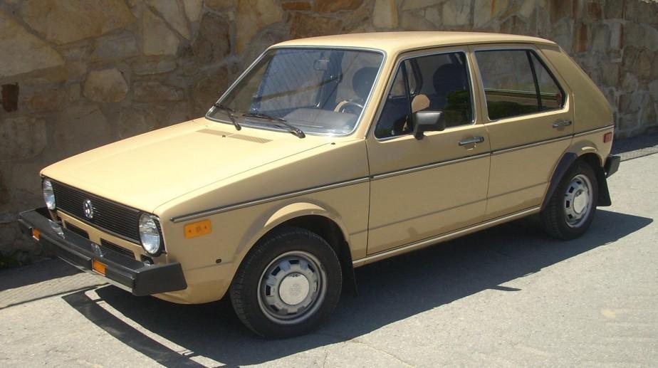 <strong>Sa pire voiture :</strong> une Volkswagen Rabbit. Il n'y avait pas d'espace et il ne voulait pas se promener avec ça sur la rue Crescent. (Photo : Wikipédia)