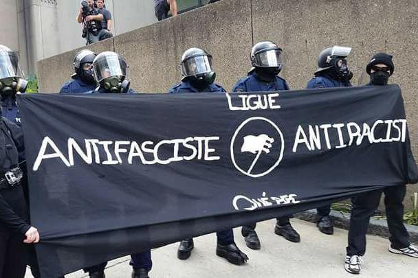 Des membres de la Ligue anti-fasciste et anti-raciste... (Photo tirée de Facebook)