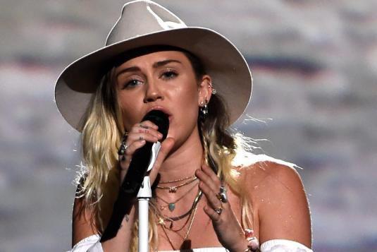 Miley Cyrus se produira au cours de la... (PHOTO ARCHIVES AP)