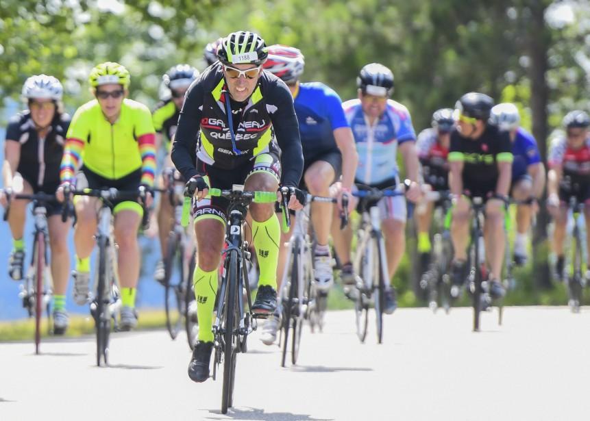 Samedi matin, ce sont plus de 2350 cyclistes qui ont pris le départ pour sillonner les routes du parc national. Trois défis étaient proposés aux participants, soit le 145 km, le 105 km ou encore le 60km. | 27 août 2017