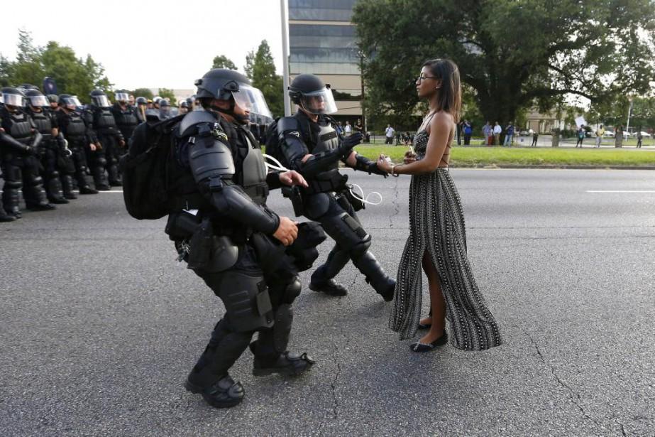 Cette photo prise par Jonathan Bachman à Baton... (Photo Jonathan Bachman, Reuters)