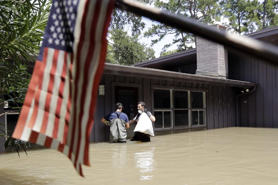 Harvey a frappé le Texas le 25 août... (Photo AP)