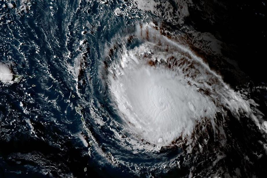 La trajectoire d'Irmaest encore incertaine, mais plusieurs projections... (PHOTO AFP)
