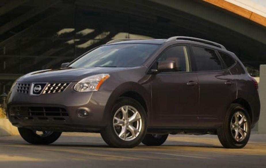 Le Nissan Rogue n'a pas à rougir de la comparaison avec les vedettes du segment que sont les Honda CR-V et Toyota RAV4, deux véhicules qui méritent aussi considération. ()