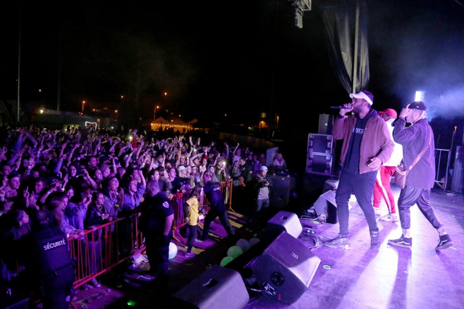 Le populaire groupe Dead Obies était très attendu par la foule de 2000 jeunes pour le Party du 2 à Granby. | 5 septembre 2017