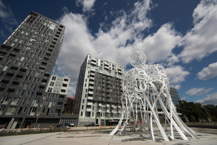 D'un blanc immaculé, Source, pièce que l'artiste catalan... (Photo Ivanoh Demers, La Presse)