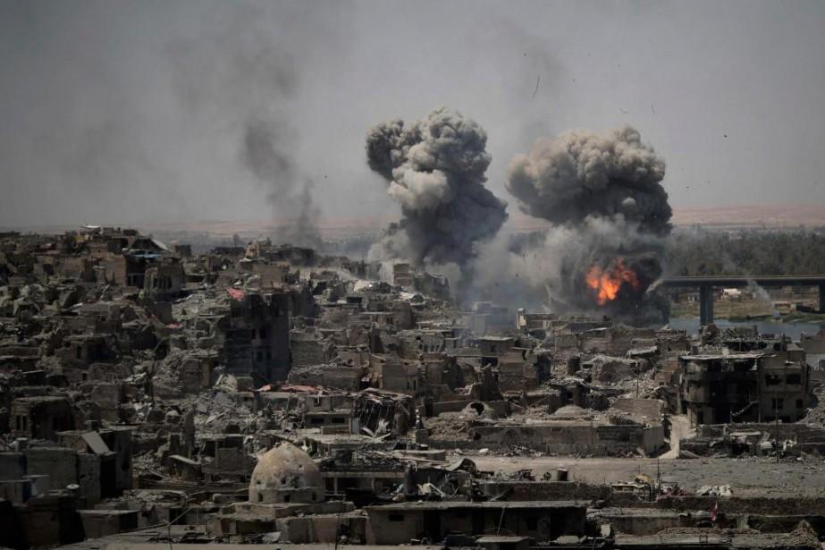 La vieille ville de Mossoul a été presque... (PHOTO FELIPE DANA, ARCHIVES ASSOCIATED PRESS)