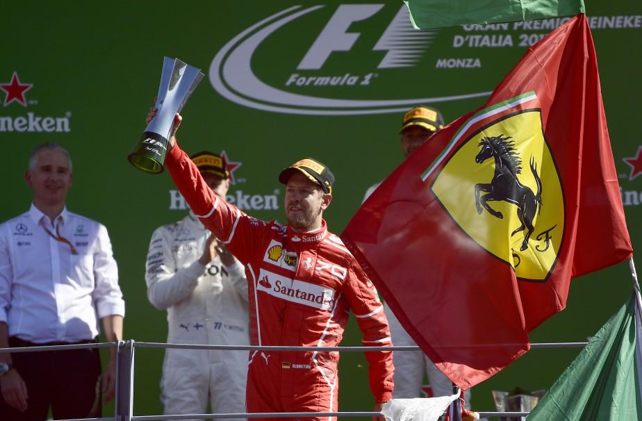 Sebastian Vettel s'est classé troisième au GP d'Italie dimanche dernier. Ferrari demeure une des deux grandes puissances de la Formule 1, avec sa rivale Mercedes. (AFP)