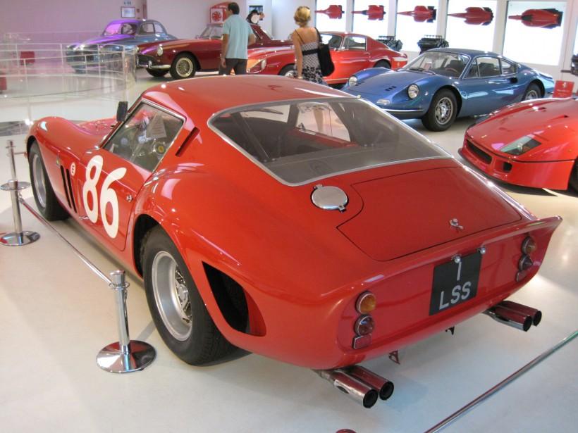 La Ferrari 250 GTO a été construite à seulement 36 exemplaires, entre 1962 et 1964. (Wikipédia)