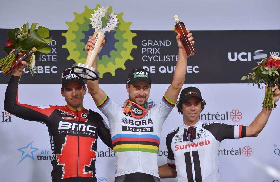 Le Slovaque Peter Sagan est monté sur la plus haute marche du podium avec à ses côtés le Belge Van Avermaet, deuxième, etl'Australien Michael Matthews, troisième. | 8 septembre 2017