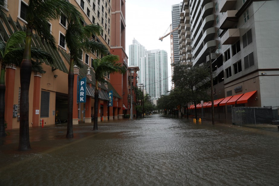 Le quartier de Brickell, à Miami, a été partiellement inondé. (REUTERS)