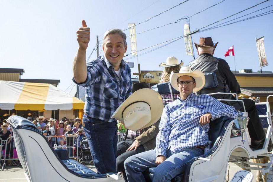 Le député François-Philippe Champagne participait au défilé. | 10 septembre 2017