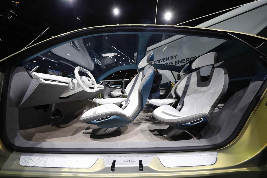 Une Skoda Vision E montrée lors d'un événement chez Volkswagen la veille de l'ouverture du Salon de Francfort. (REUTERS)