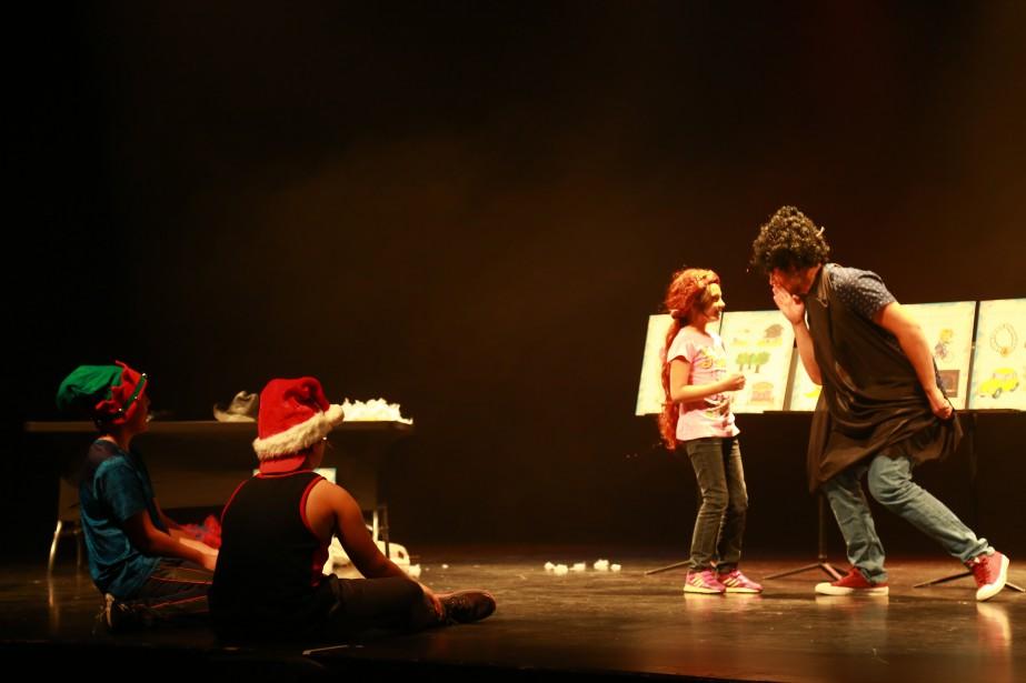 Lors de la journée familiale organisée par le Palace de Granby, une vingtaine de spectateurs ont assisté à l'atelier de théâtre animé par Joakim Lamoureux.  | 11 septembre 2017