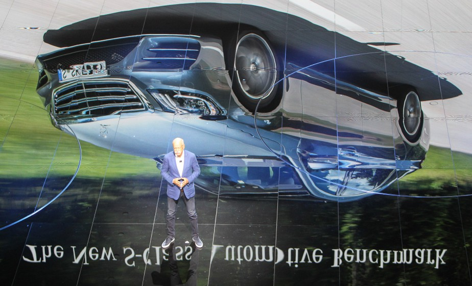 Renversant -  Dieter Zetsche, le patron de Daimler, lors d'une présentation. | 12 septembre 2017