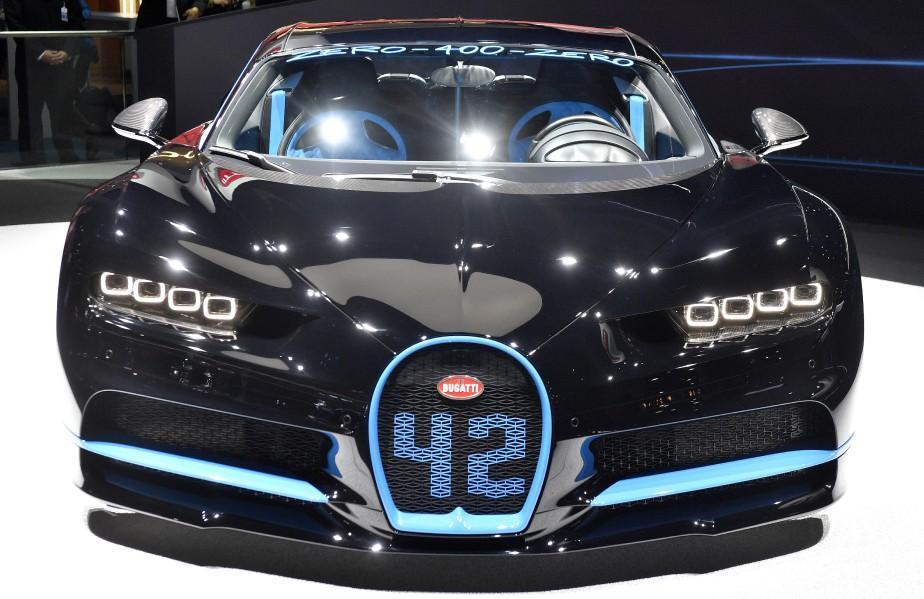La Bugatti Chiron exposée par Volkswagen au Salon de l'auto de Francfort a réalisé le zéro-400 km/h-zéro en 42 secondes au mois d'août. (AP)