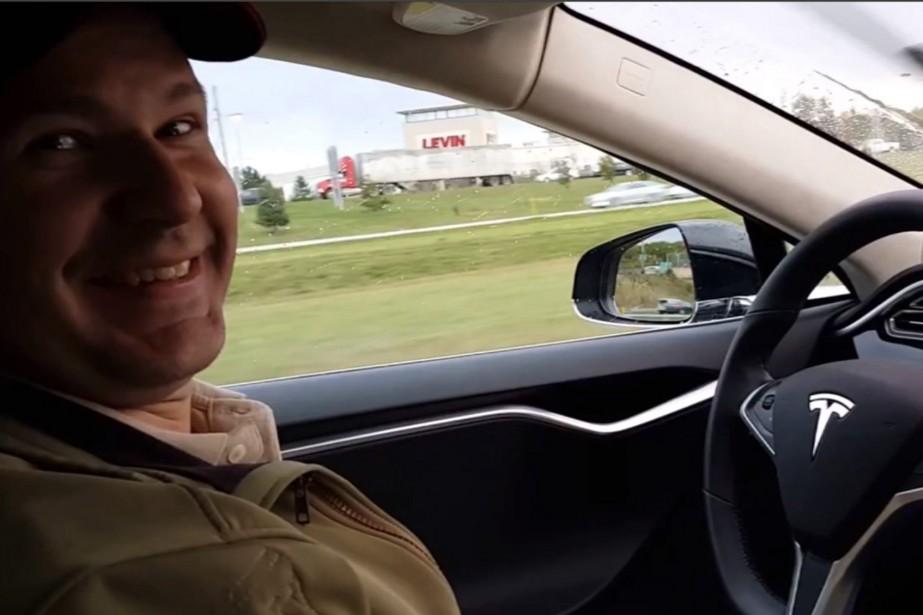 Joshua Brown est devenu le 7 mai dernier la première victime d'un accident mortel impliquant une voiture autonome. Dans cette photo tirée de YouTube, on voit M