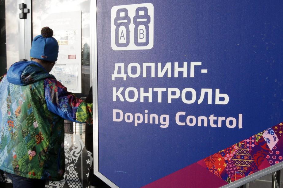 Le comité national olympique russe est suspendu par... (ARCHIVES AP)