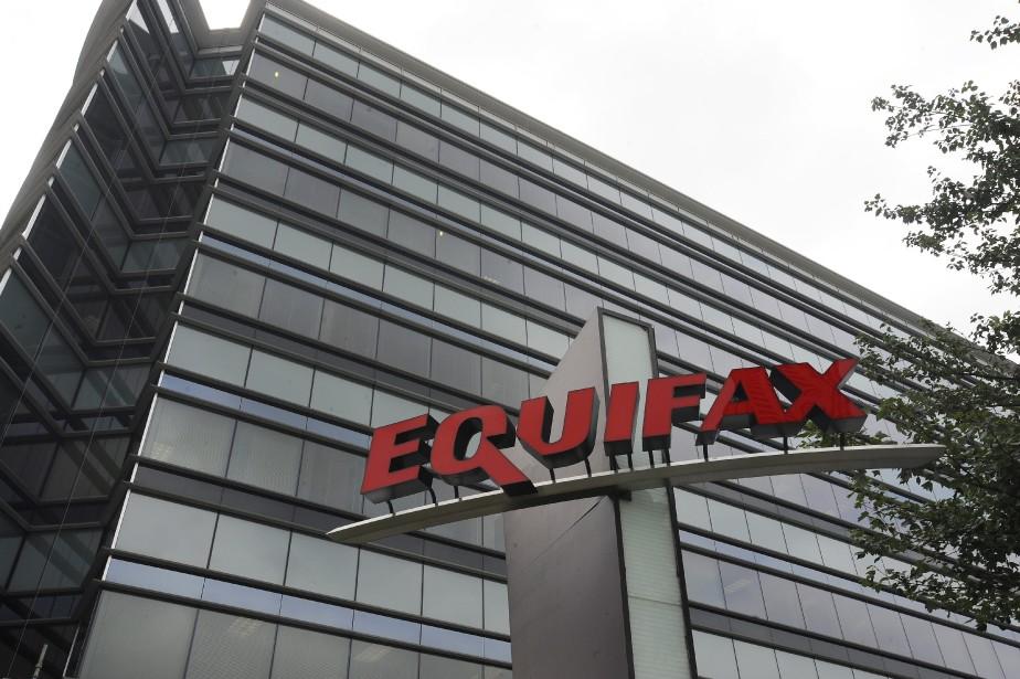 Equifax a indiqué lundi qu'elle donnerait cette semaine... (PHOTO ARCHIVES AP)