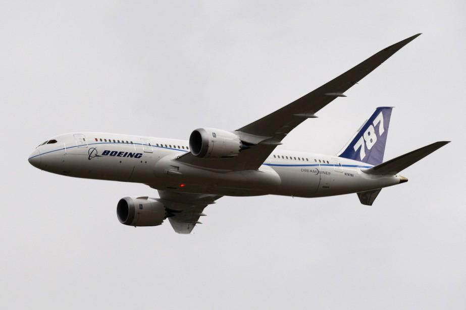 Une Boeing 787 Dreamliner... (PHOTO ARCHIVES AP)