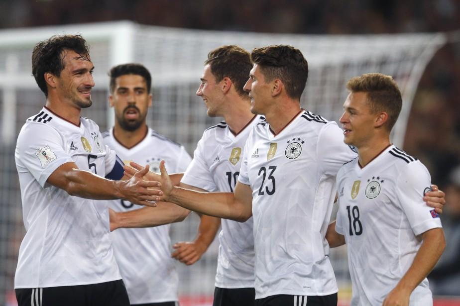 L'Allemagne a écrasé la Norvège 6-0 dans un... (Photo Michael Probst, AP)