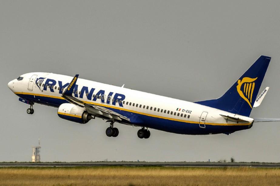 La compagnie aérienne irlandaise Ryanair a annoncé... (PHOTO ARCHIVES AFP)