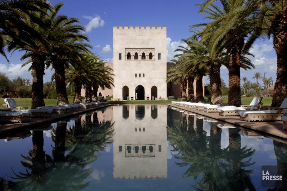 La piscine et le bâtiment du hammam Ksar-Char-Bagh... (PHOTO BERNARD BRAULT, ARCHIVES LA PRESSE)