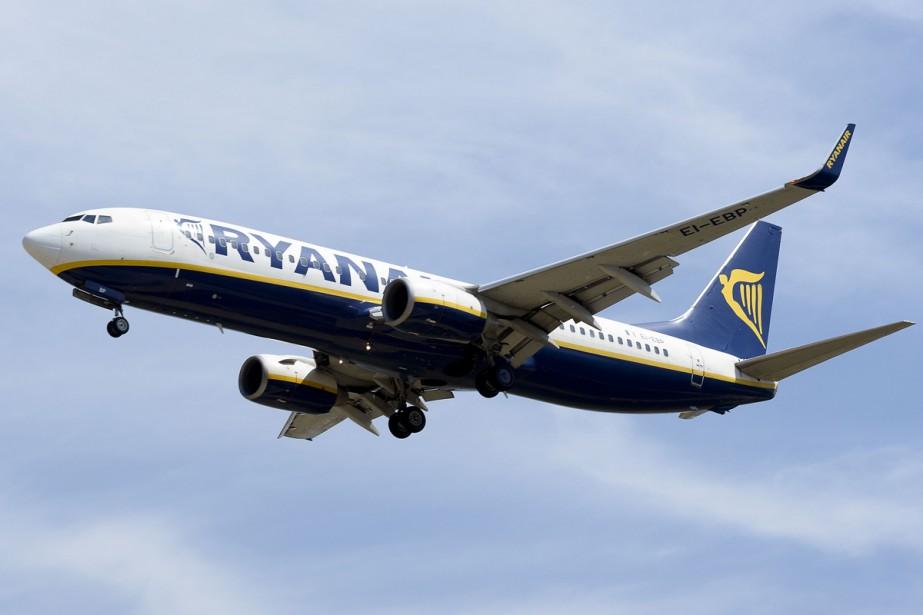 Ryanair a annoncé mercredi avoir fourni un vol de... (PHOTO ARCHIVES AFP)