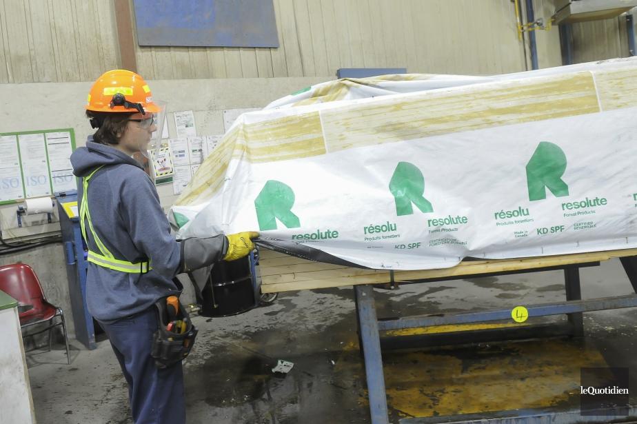 Produits forestiers Résolu est un chef de file... (Archives le Quotidien, Gimmy Desbiens)