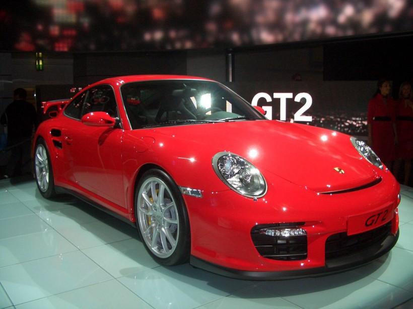 <strong>La voiture de ses rêves -</strong> La 911 GT2 Turbo 2002. Il pense qu'il lui faudrait devenir millionnaire, «mais c'est ça le but». ()