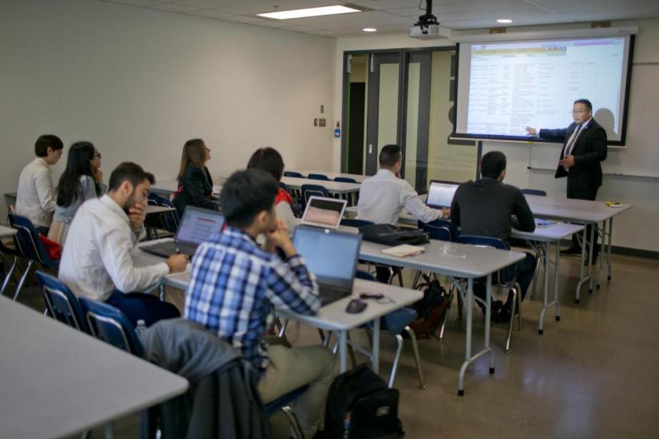 Au collège LaSalle de Montréal, environ 190 élèves... (Photo David Boily, La Presse)