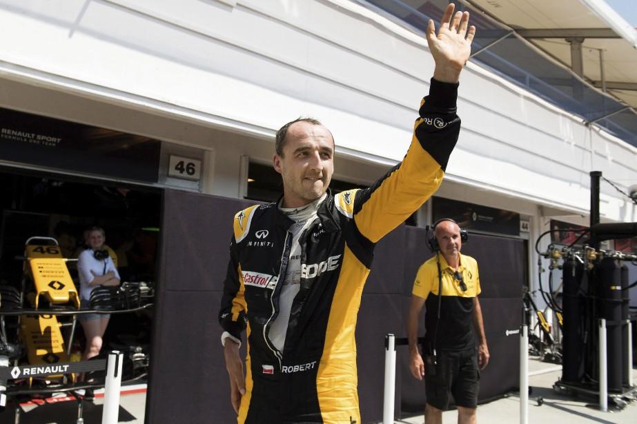 Le nom du PolonaisRobert Kubica est souvent évoqué dans les paddocks au sujet de la saison 2018. Après ses excellents essais libres juste après le GP de Hongrie cet été au circuit Hungaroring, Kubica pourrait reprendre le volant en F1 en 2018. La rumeur l'envoie tantôt chez Renault, tantôt chez Williams. | 28 septembre 2017