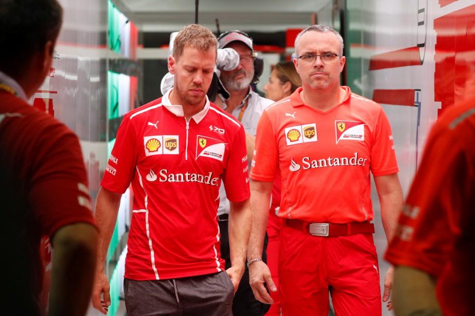 C'était la consternation chez Ferrari après le double abandon de Vettel et de Raïkkönen. | 28 septembre 2017