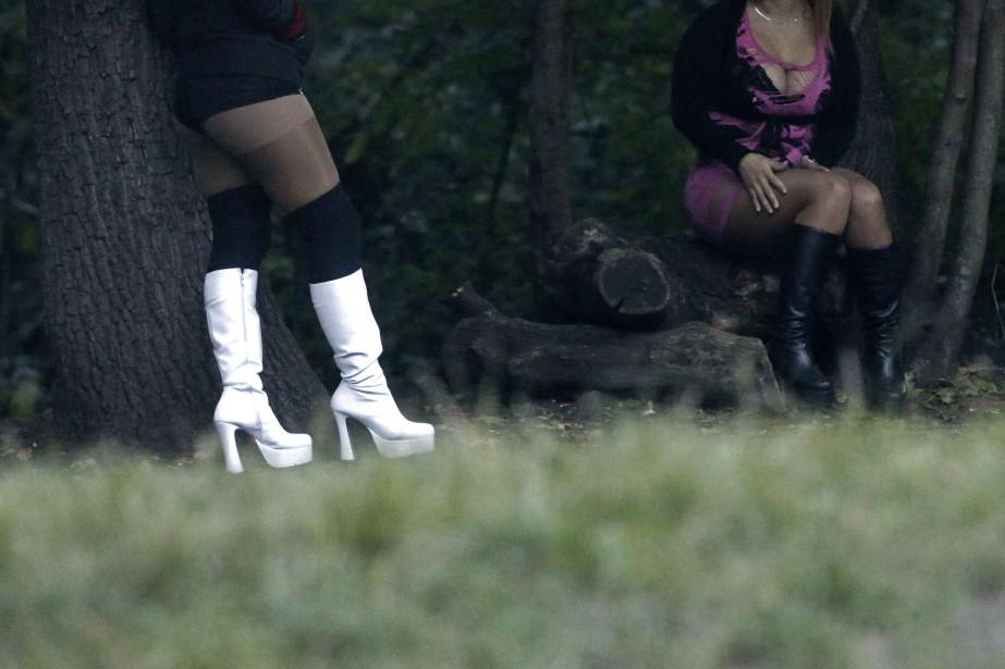 Lorsqu'elles arrivaient en France,les jeunes femmes se voyaient... (ARCHIVES REUTERS)